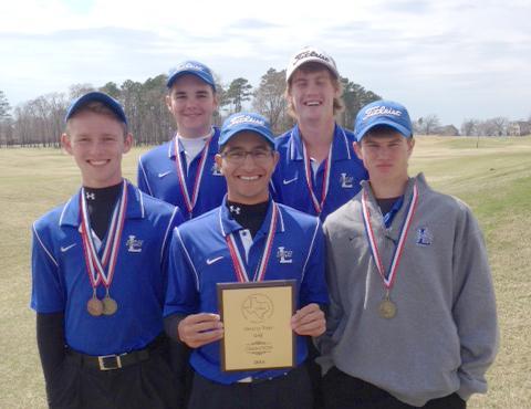Eagle golf wins district!