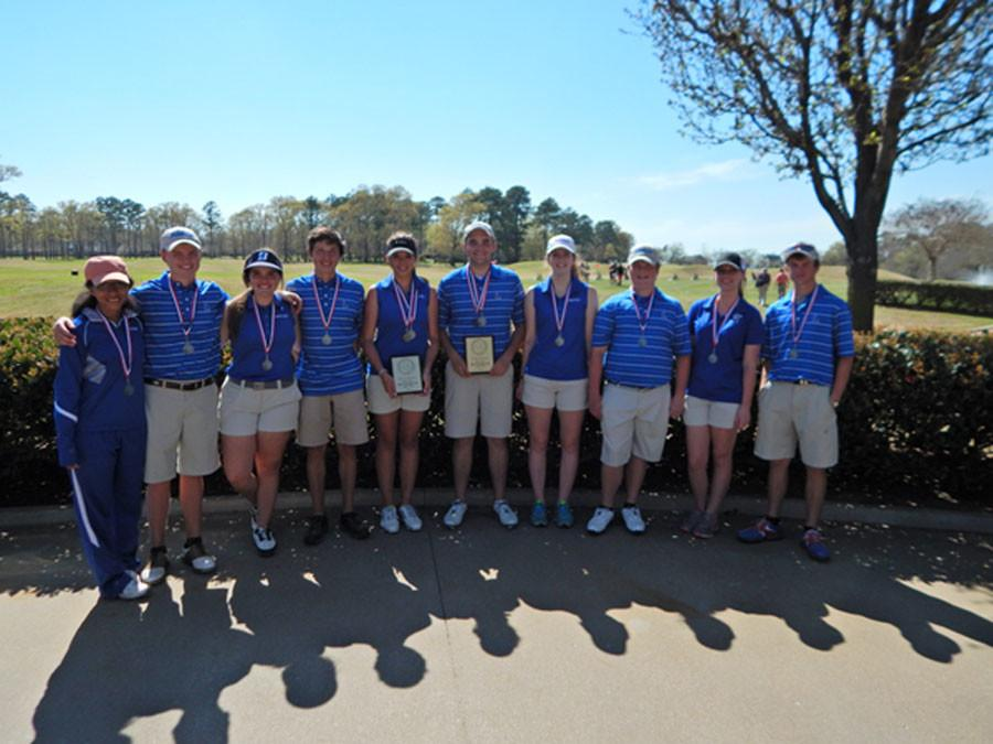 Golf makes it to regionals