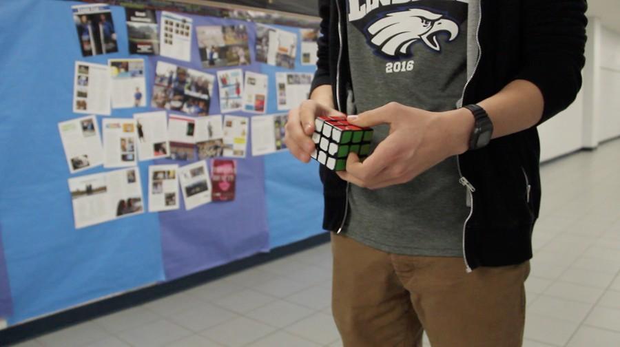 Student+Jordan+Palmer+solves+his+speed+cube