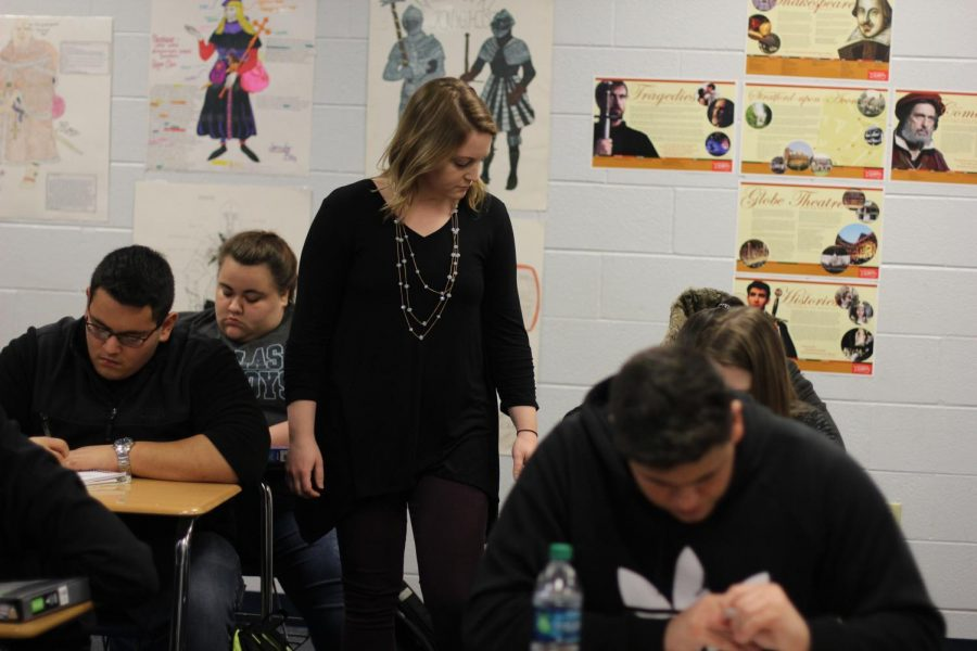 Cara Dees teaches her English IV class. Dees took over for senior English teacher Jim Goode after the holiday break.