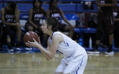 Girls Basketball Fights for Bi-District Title