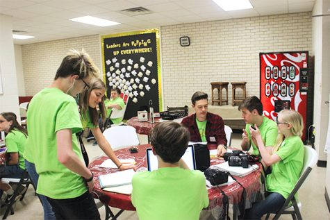 Sports marketing classes organize taste test