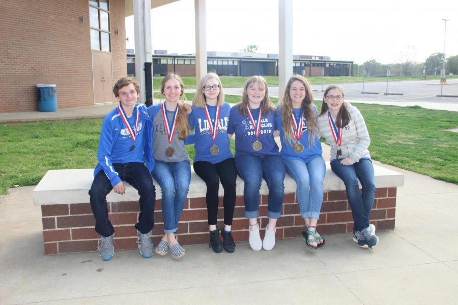 The UIL journalism team pose for a picture at the district meet. (Not pictured Tyra Rodden).