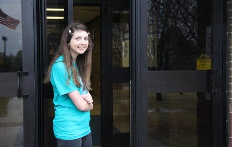 Sophomore Steps Up To Volunteer