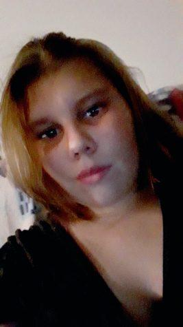 Featured Face: Elizabeth Stone