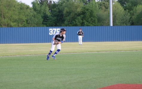 Early Lead Sets Stage For Baseball's Victory Over Texas High