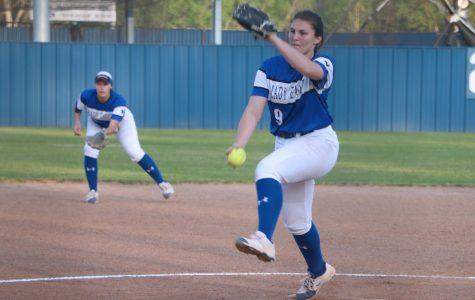 Softball Clinches Playoff Spot