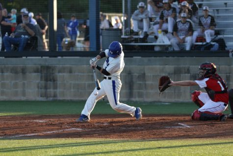 Baseball Advances to Playoffs
