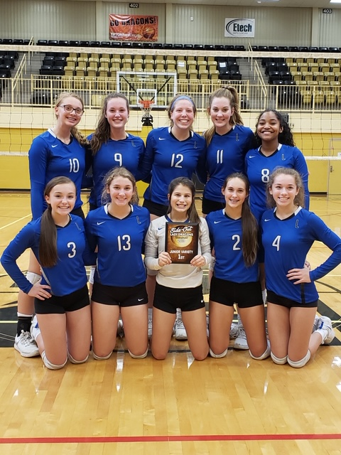 Volleyball Excels at Weekend Tournament