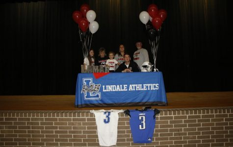 Senior Signs to Play College Football