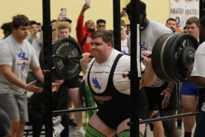 Senior Breaks Regional Powerlifting Record
