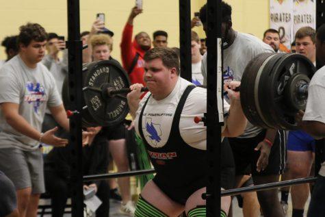 Senior Breaks Regional Powerlifting Record